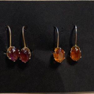 Set of 2, earrings